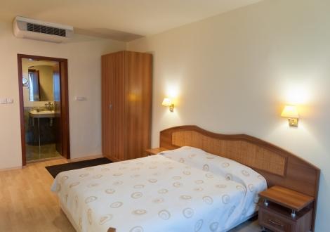 Релакс и спокойствие в Хисаря - хотел Астрея! Нощувка на база All inclusive light + вътрешен басейн с минерална вода и Релакс Зона на цени от 54 лв. на човек!!!