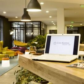 Зимна приказка в хотел Каза Карина *** банско! пакети за януари и февруари на база закуска и вечеря + ползване на басейн!