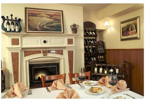 """Коледни празници в  Хотел """"Премиер"""" **** Велико Търново! 3 нощувки със закуски + Традиционна вечеря за Бъдни вечер + Празнична Коледна вечеря+ ползване на басейн и СПА!"""