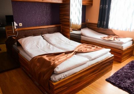 НОЕМВРИЙСКА ВАКАНЦИЯ във Велинград - хотел Алегра****! Нощувка със закуска и вечеря + вътрешен и външен минерален басейн, джакузи, сауна и парна баня на топ цени!!!