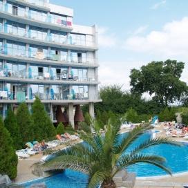 ЛЕТНИ СТРАСТИ В хотел Каменец Китен! Нощувка на база All inclusive + открит басейн, детски басейн и джакузи!!!