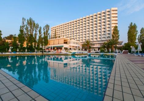 Почивка в Pallini Beach Hotel, Халкидики - Касандра, на цена от 86.80 лв.