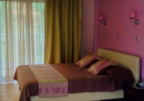 Почивка в Maranton Beach Hotel, о. Тасос, на цена от 65.80 лв.