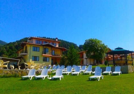 Къщи за гости Романтика Село Кръвеник