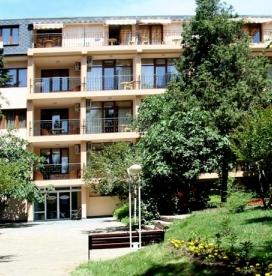 Оазис Парк Хотел Несебър