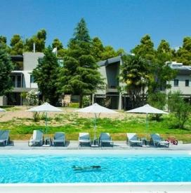 Хотел Sani Woods